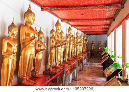 Bangkok, Thailand - April 13, 2015: Buddha Statues Inside The Wat Pho Temple, Known Also As The Temp