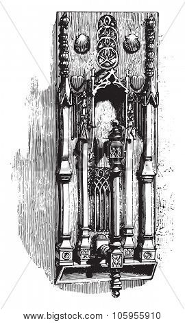 Hammer of the house of Jacques Coeur, Bourges, vintage engraved illustration. Magasin Pittoresque 1877.