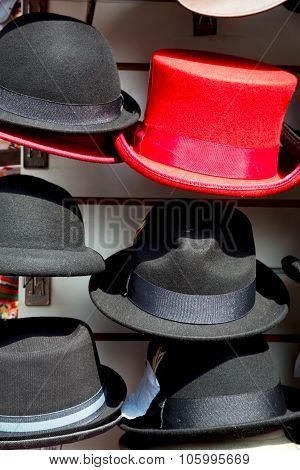 In London Old Red Hat   Fashion Shop