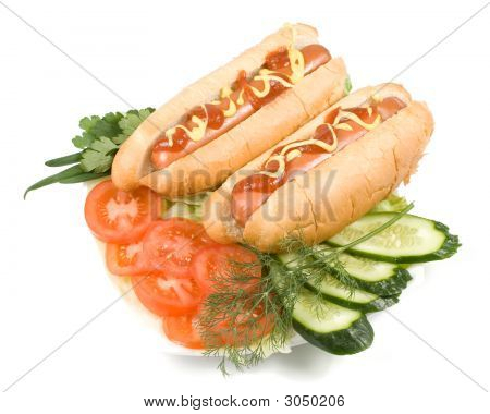 Hot Dogs With Vegetables