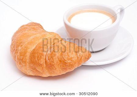 Cappuccino y Croissant