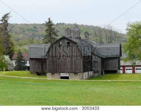 Beautiful Big Old Barn