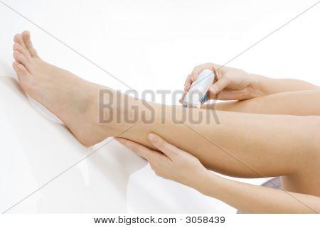 Hands Shaving