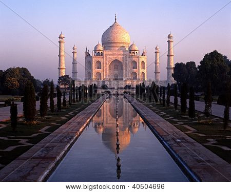 Taj Mahal at dawn, Agra, India.