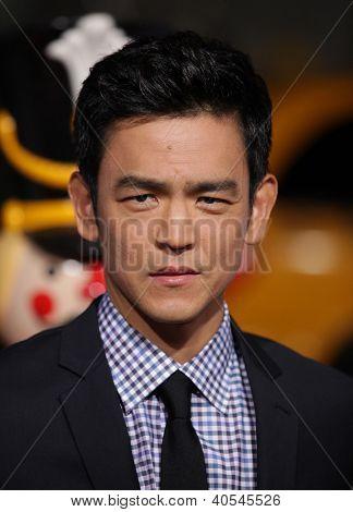 LOS ANGELES - NOV 02:  JOHN CHO arriving to