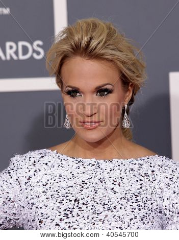 LOS ANGELES - FEB 12:  CARRIE UNDERWOOD arriving to Grammy Awards 2012 on February 12, 2012 in Los Angeles, CA
