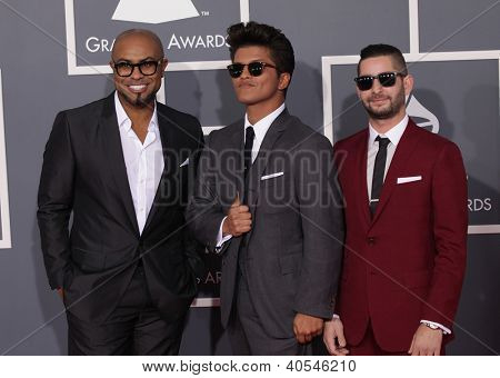LOS ANGELES - FEB 12: BRUNO MARS & THE SMEEZINGTONS arriving to Grammy Awards 2012 on February 12, 2012 in Los Angeles, CA