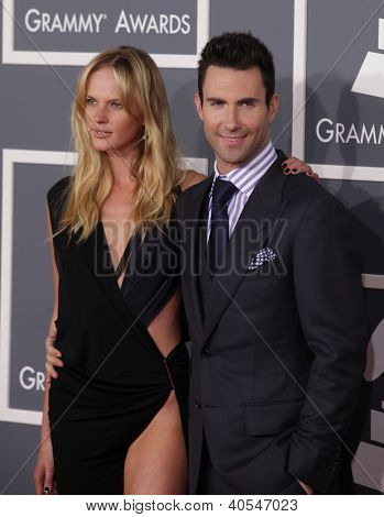 LOS ANGELES - FEB 12:  Adam Levine & Anne Vyalitsyna arriving to Grammy Awards 2012  on February 12, 2012 in Los Angeles, CA