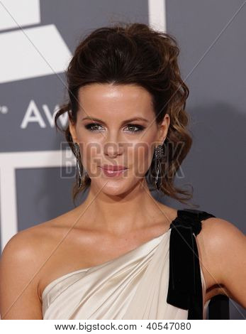 LOS ANGELES - FEB 12:  KATE BECKINSALE arriving to Grammy Awards 2012  on February 12, 2012 in Los Angeles, CA