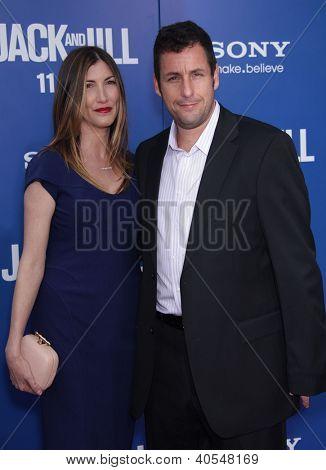LOS ANGELES - NOV 06:  ADAM SANDLER & WIFE JACKIE arriving to