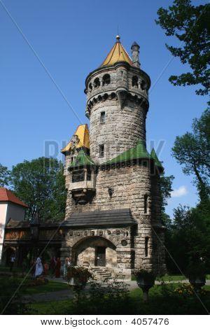 Mutter Turm
