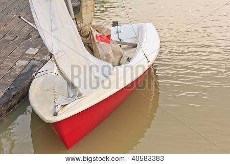 Sailing The Red River