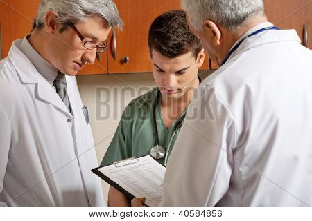 Medical Professionals In a Discussion