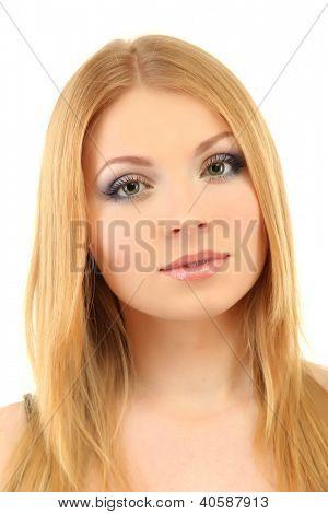 bela jovem com maquiagem de Inverno brilhante