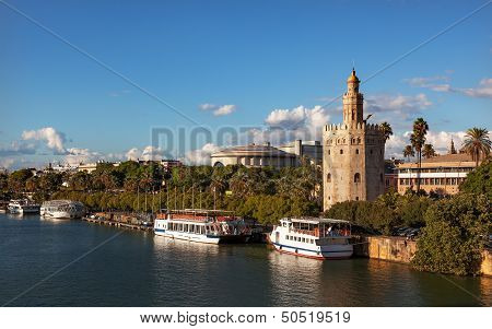 Torre Del Oro Old Moorish Watchtower River Guadalquivr Seville Andalusia Spain