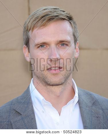 LOS ANGELES - AUG 04:  Teddy Sears arrives to CBS Showtime CW All Star Winter TCA Party 2013  on July 29, 2013 in Beverly Hills, CA