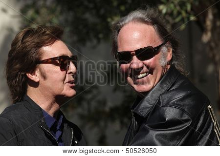 LOS ANGELES - FEB 09:  Paul McCartney & Neil Young arrives to the Walk of Fame Ceremony for Paul McCartney  on Febraury 09, 2012 in Hollywood, CA