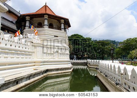 Sri Lanka. The Central Part. Kandy. Sri Dalada Maligawa