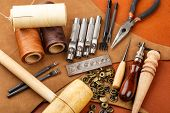pic of thread-making  - Homemade leather craft tool and accessories - JPG