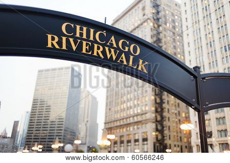 CHICAGO, IL - OCT 6, 2011: Signboard