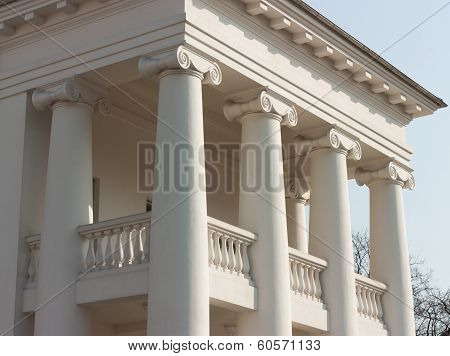 Classical Four Columns Ionic Portico