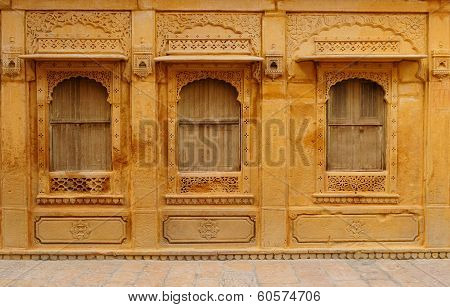 Richly Decorated Houses In India