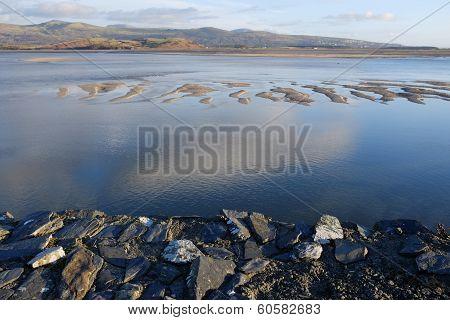 Estuary, Borth Y Gest.