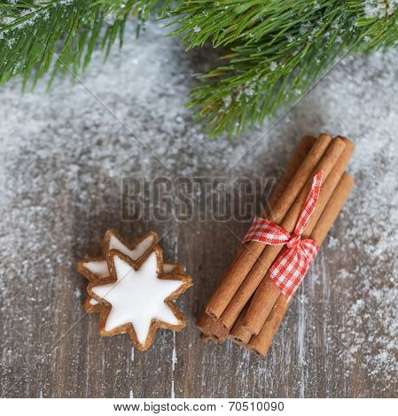 Cardamon With Gingerbread