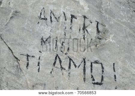 Love inscription italian