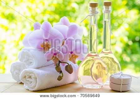 Rose Oil For Aromatherapy
