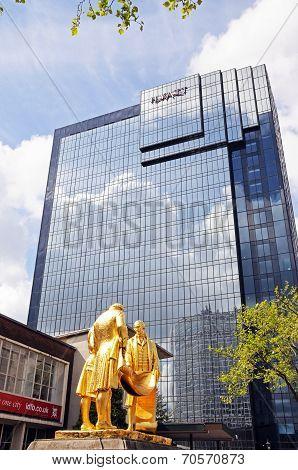 Hyatt Hotel and statue, Birmingham.