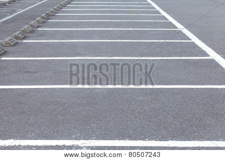 Outdoor empty space in a parking lot