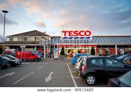 Tesco Store