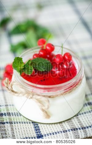 Sweet  Yogurt With Jam And Red Currant