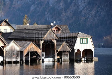 HALLSTATT, AUSTRIA - DECEMBER 13: Hallstatt village, Salzkammergut of Austria , It is a UNESCO heritage on Dcember 13, 2014 in Hallstatt, Austria.