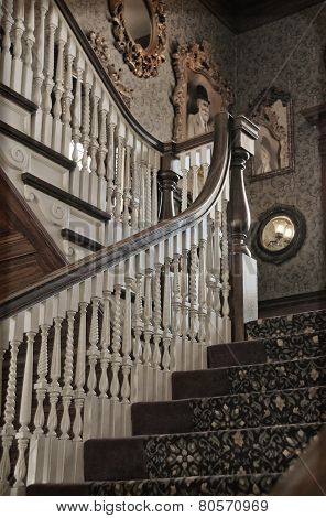Georgian revival staircase