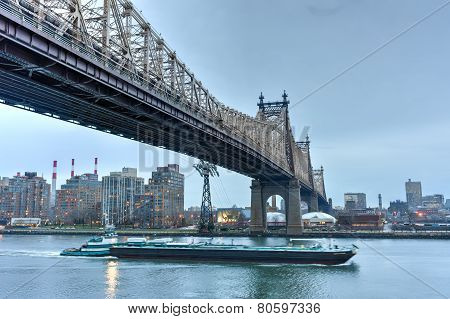 Queensboro Bridge From Manhattan, Ny