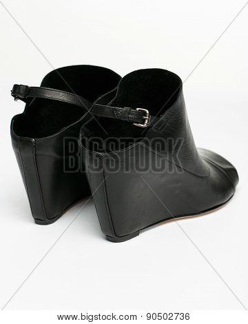 Black Slingbacks