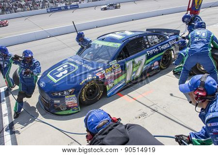 Richmond, VA - Apr 26, 2015:  Ricky Stenhouse Jr. (17) brings his race car in for service during the Toyota Owners 400 race at the Richmond International Raceway in Richmond, VA.