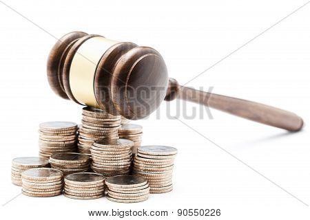 Gavel on money