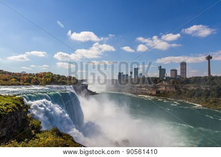 Niagara Falls In Autumn, Usa
