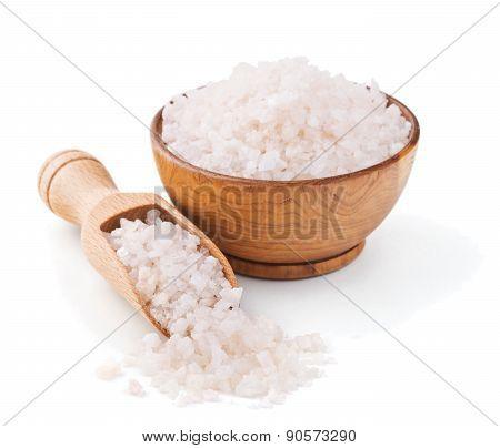 Peruvian pink salt in a wooden bowl