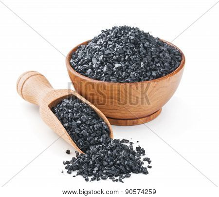Hawaiian black volcanic salt in a wooden bowl