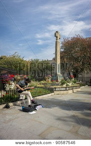 Busker & Celtic Cross
