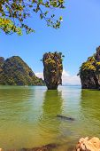 picture of james bond island  -  The tourist season in Thailand - JPG