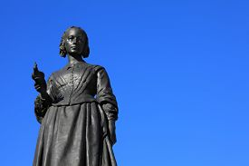image of statistician  - Victorian memorial statue of Florence Nightingale in Waterloo Place - JPG