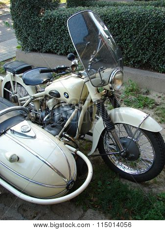 motorcycle BMW R51/3