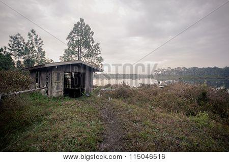 Pump house Lakeside