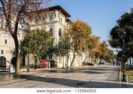 istanbul sultanahmet square street