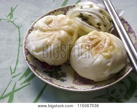 Dim sum - Cantonese breakfast steamed buns